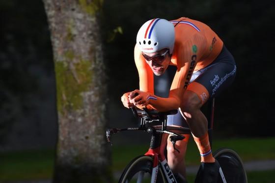 Giải đua xe đạp đường trường VĐTG 2017: Dumoulin đăng quang nội dung cá nhân tính giờ ảnh 1