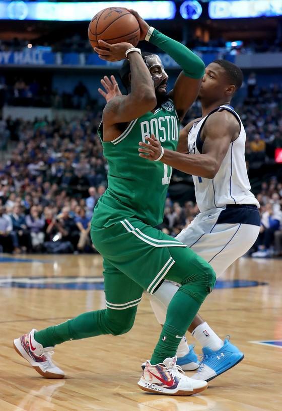 Cavs thắng trận thứ 5, Celtics thắng trận thứ 16 liên tiếp ảnh 1