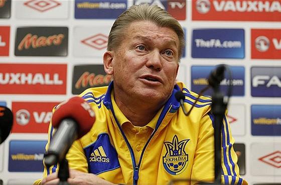 Oleg  Blokhin khi huấn luyện tuyển Ucraina