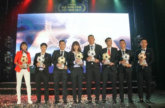 Chủ nhân của các Quả bóng Vàng Việt Nam năm 2017. Ảnh DŨNG PHƯƠNG