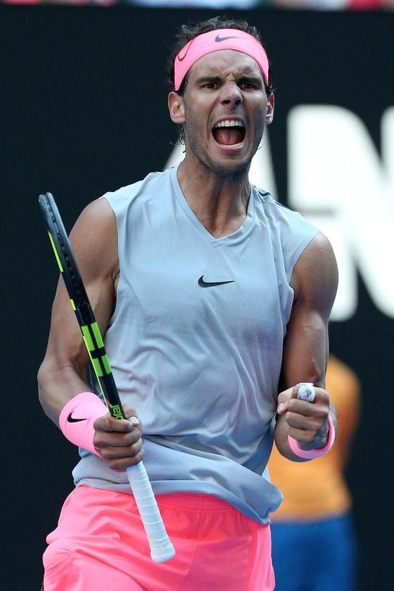 Australian Open 2018: Nadal chật vật thắng Mayer, Wozniacki thoát hiểm ảnh 1