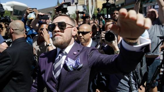 McGregor sẽ mất đai vô địch vào tháng 4 này