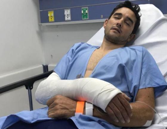 Xe đạp: Bị cướp chiếc xe đua 10.000 EUR, cua-rơ 41 tuổi ngã gãy tay ảnh 1