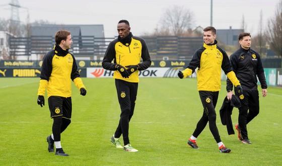HLV trưởng Borussia Dortmund: Usain Bolt còn rất nhiều việc để làm ảnh 1