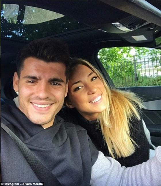 Morata và vợ, cô Campello