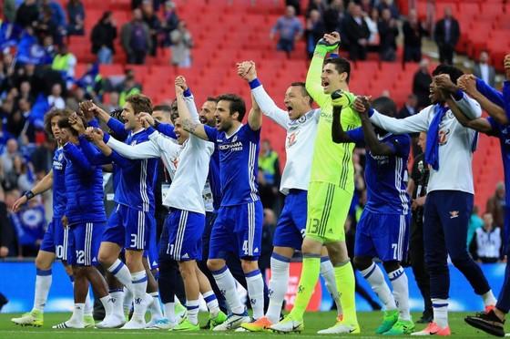 Chelsea đại chiến Tottenham: Thành London màu Xanh ảnh 2