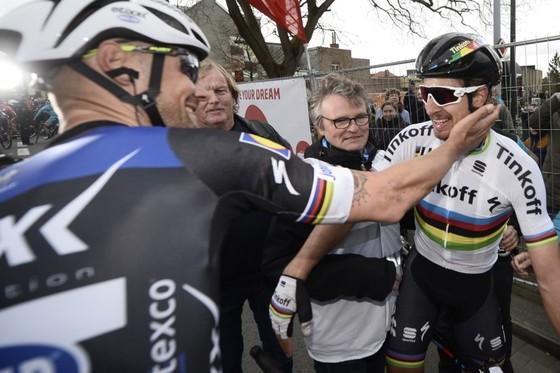 Tom Boonen (trái) và Peter Sagan từng rất thân thiết trên đường đua