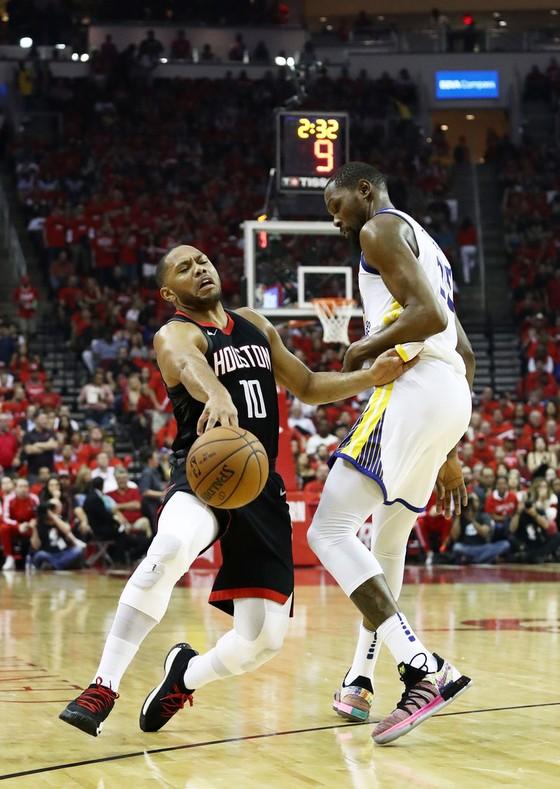 NBA 2017-2018: Houston phản đòn ảnh 2