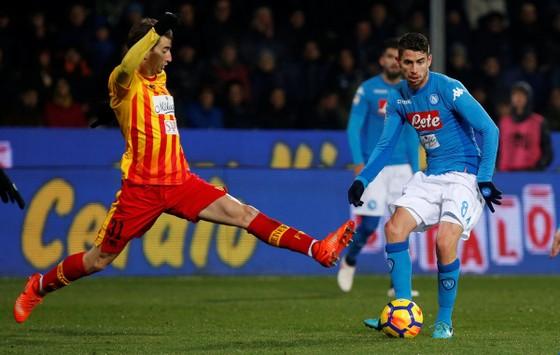 Xung quanh thương vụ Jorginho: Suýt là người của MC, đến Chelsea nhờ Sarri và De Laurentiis ảnh 1