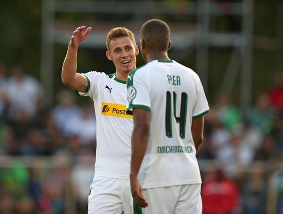 Hastedt - Borussia Monchengladbach 1-11: Thorgan Hazard và 2 người khác lập... hattrick ảnh 1
