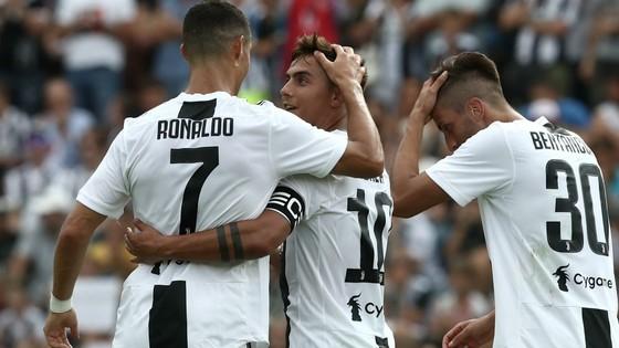 Dybala và Mandzukic, ai sẽ là đối tác ăn ý của Ronaldo? ảnh 1