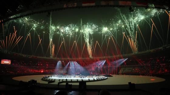 Lễ bế mạc Asiad 2018: Ngập tràn sắc màu về một châu Á đoàn kết và thống nhất ảnh 11