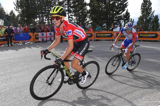 Vuelta a Espana 2018: Pinot lại tỏa sáng, nhưng Simon mới là kẻ chiến thắng ảnh 1
