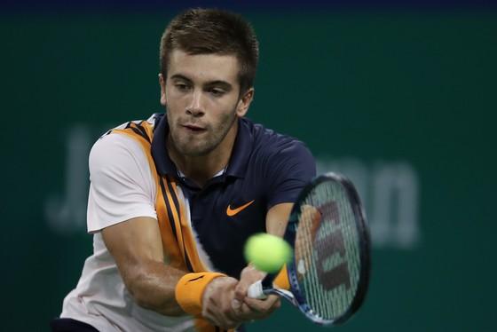 """Shanghai Masters 2018: Federer và Djokovic vào bán kết, đối mặt với """"lứa thế hệ kế tiếp"""" ảnh 2"""