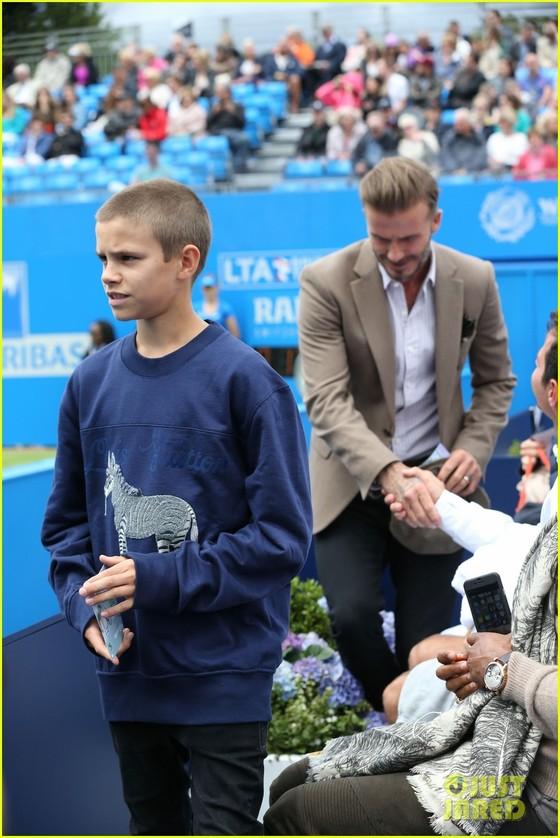 Vợ của Beckham xây sân tập 30 ngàn Bảng cho con trai Romeo ảnh 1