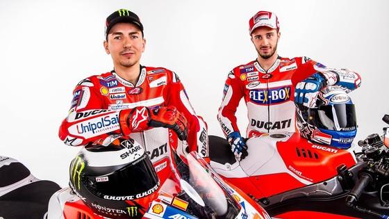 Đua xe mô tô: Petrucci không muốn trở thành kẻ thù của Dovizioso ảnh 2