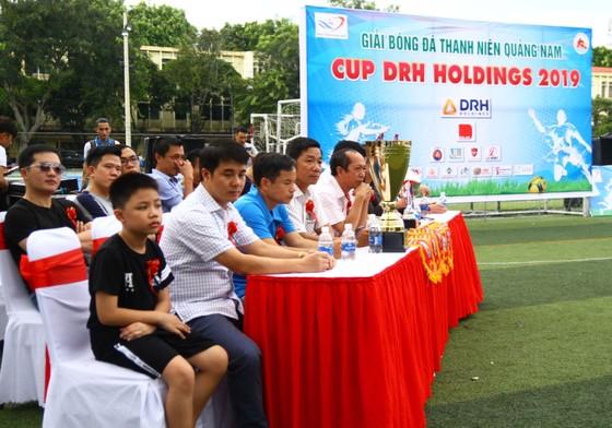 """Giải bóng đá thanh niên Quảng Nam tại TPHCM: """"Siêu phủi"""" Tuấn Vinh lĩnh xướng """"dải ngân hà"""" Phú Ninh ảnh 2"""