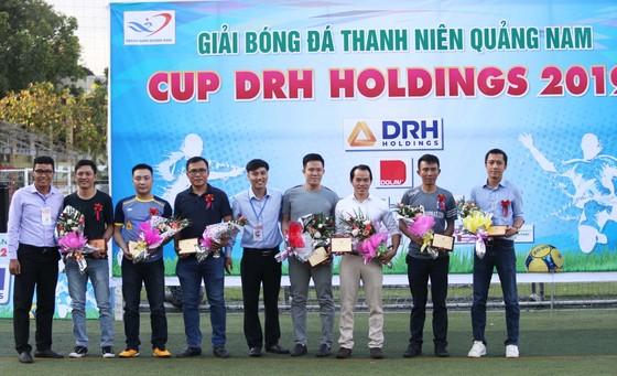 """Giải bóng đá thanh niên Quảng Nam tại TPHCM: """"Siêu phủi"""" Tuấn Vinh lĩnh xướng """"dải ngân hà"""" Phú Ninh ảnh 1"""