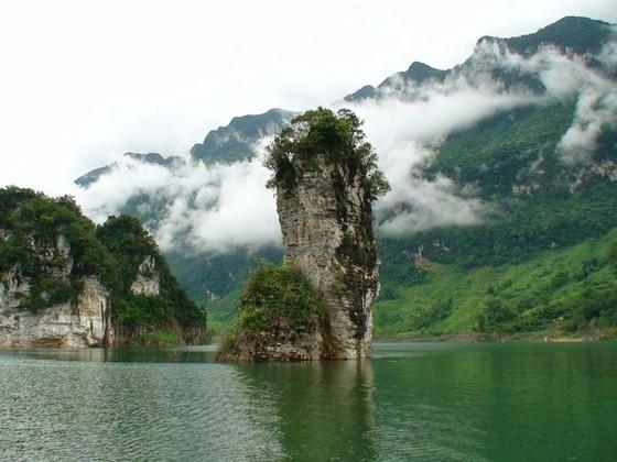 探索拿亨湖與瞭解少數民族文化 ảnh 2