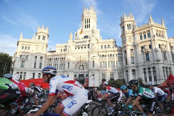 Vuelta a Espana 2019: Những cung đường, đích đến đẹp nhức nhối ảnh 10