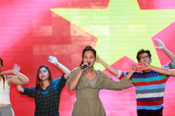 Gala trao giải Quả bóng Vàng Việt Nam 2018: Hồi hộp trước giờ công bố ảnh 1