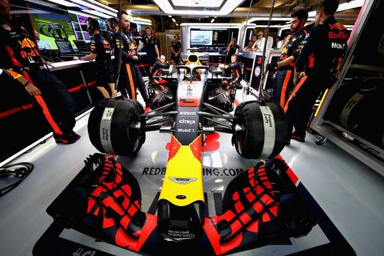 """Đua xe F1: Ricciardo biện minh về khoảng cách với Max """"điên"""" ảnh 2"""