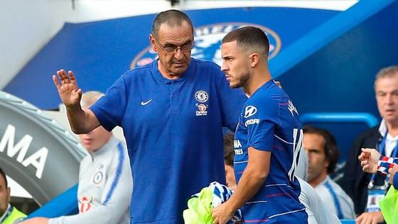Sarri và Hazard