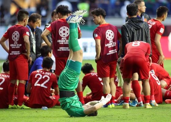 Asian Cup 2019: Báo giới nước ngoài ca ngợi chiến thắng của Việt Nam ảnh 1