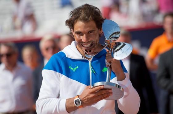 Federer nhận 1 triệu EUR chỉ để tham gia 1 giải đấu ảnh 1