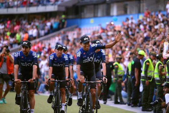 Xe đạp: Chris Froome choáng ngợp với sự tiếp đón ở Tour Colombia ảnh 2