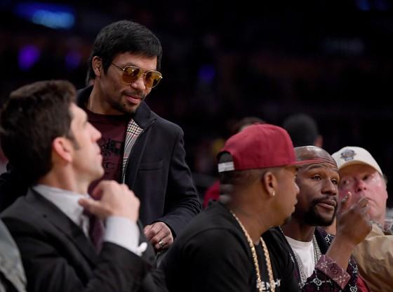 Oscar de la Hoya: Hy vọng Mayweather tái xuất vì trận đấu 1,5 tỷ USD với Canelo ảnh 1