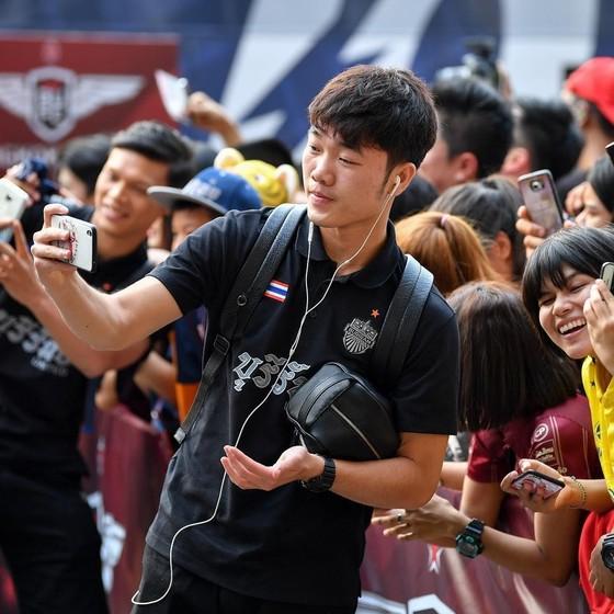 Thai League: Xuân Trường vẫn kiên nhẫn ngồi ngoài, Buriram vươn lên hạng 2 ảnh 1