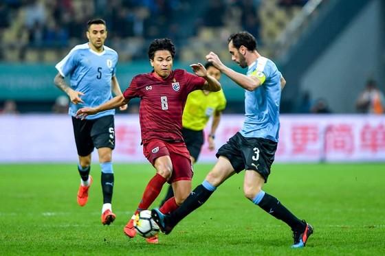 """China Cup 2019: """"Uruguay 2"""" hủy diệt Thái Lan, HLV Tabarez nói lời cay đắng về tuyển Thái ảnh 4"""