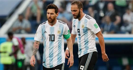 Higuain và Messi