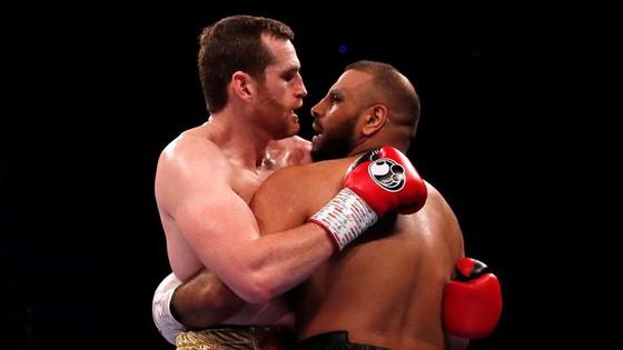 Quyền Anh: Cắn đối thủ đồng hương, võ sĩ Anh sẽ bị cấm thi đấu ảnh 1