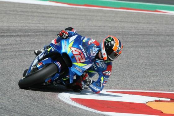 Đua xe mô tô: Marquez đo đường, Honda đại bại, Rins giành chiến thắng đầu tay ảnh 5