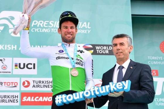 Xe đạp: Chỉ giành hạng 3 ở chặng 3 của Tour of Turkey, Cav vẫn rất hạnh phúc ảnh 4