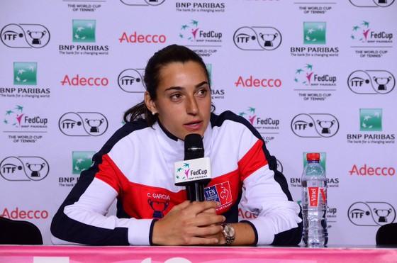 """Fed Cup: Thắng nhờ """"bộ đôi xinh đẹp"""", Pháp vào chung kết, sẽ đấu với Australia ảnh 1"""