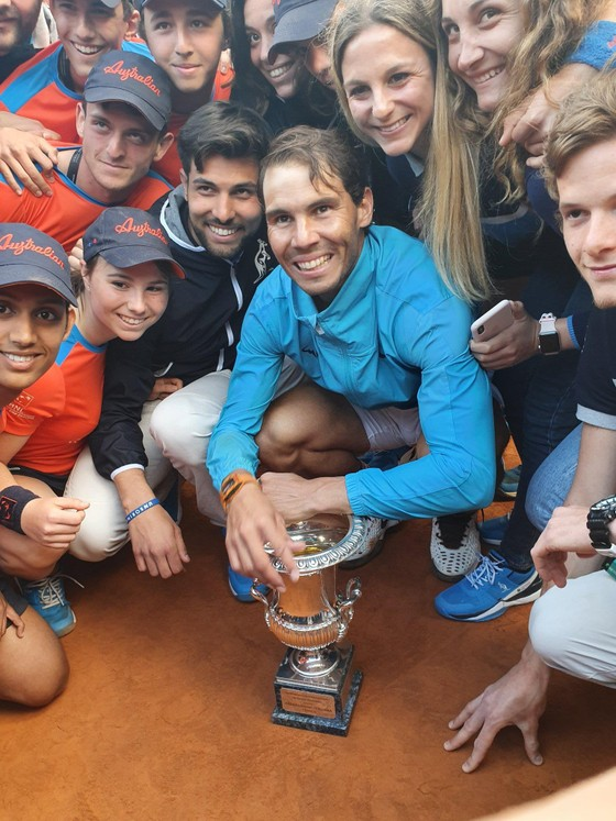 Nadal vô địch Rome Masters lần 9, khẳng định vị thế Vua sân đất nện, nhưng cuộc chiến vẫn tiếp diễn ảnh 3