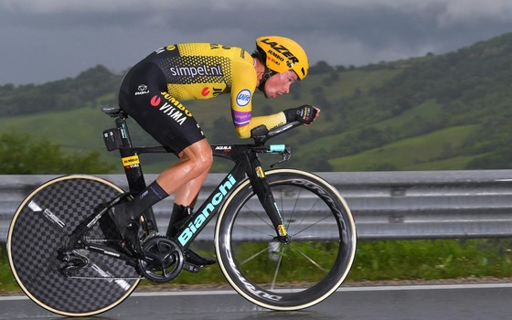 Giro d'Italia: Roglic phản công ngoạn mục, tiến chiếm ngôi hạng 2 ảnh 1