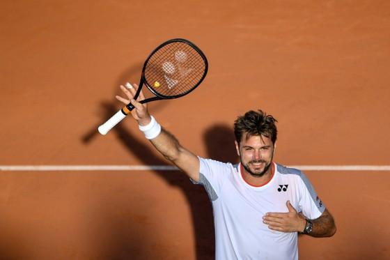 Rolang Garros: Nội chiến Thụy Sỹ - Federer đấu Wawrinka, Djokovic - 10 lần liên tiếp vào tứ kết ảnh 1
