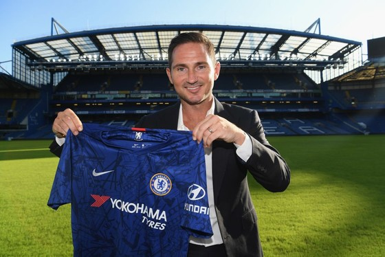 Lampard đã quay trở về nhà