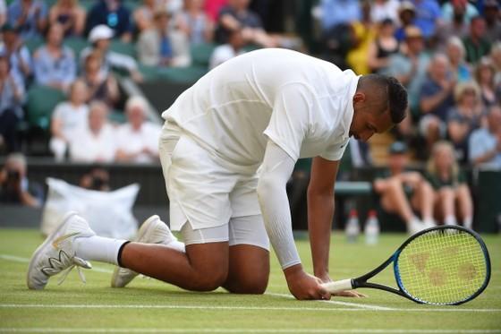 """Wimbledon: Nadal """"hoàn lễ"""" Kyrgios bằng chiến thắng kịch tính sau 4 ván đấu, Federer thắng trận 96 ảnh 2"""
