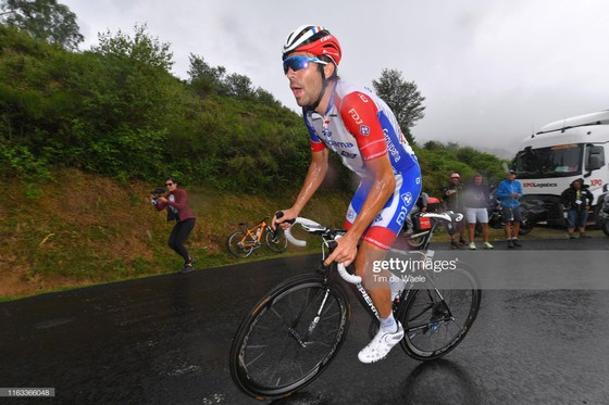Tour de France: Simon giành chặng thắng thứ 2, Pinot vươn lên mạnh mẽ ảnh 2