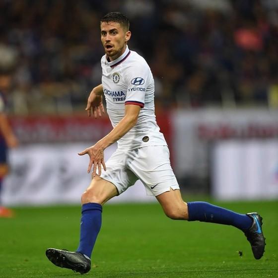 Jorginho đang học hỏi để thích nghi với vị trí mới ở Chelsea dưới thời Lampard