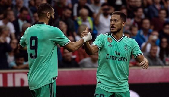 Hazard sẽ mặc áo số 7 của Raul và Ronaldo tại Real ảnh 2