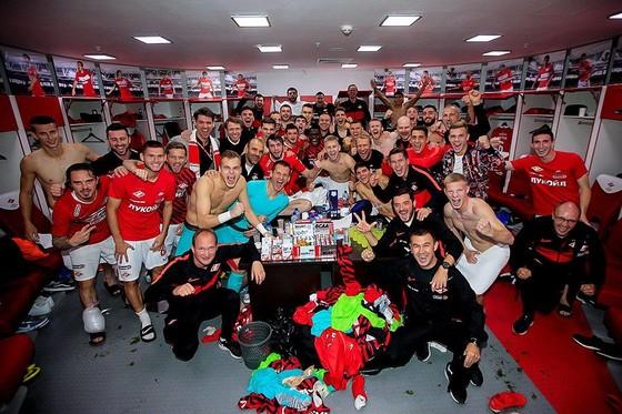 Cựu cầu chủ Chelsea lại kiến tạo giúp Spartak thắng CSKA trong trận derby Moscow ảnh 1