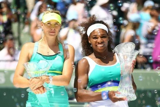 Maria Sharapova và Serena Williams