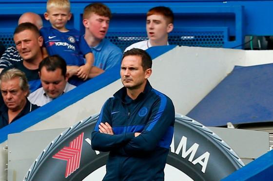 Lampard đăm chiêu sau trận hòa đáng thất vọng