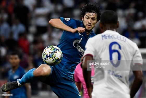 """""""Messi Iran"""" lập cú đúp vào lưới tuyển Việt Nam ở Asian Cup ghi bàn mở màn Champions League ảnh 1"""